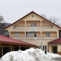 Hostel-restaurant Izvorul Rece