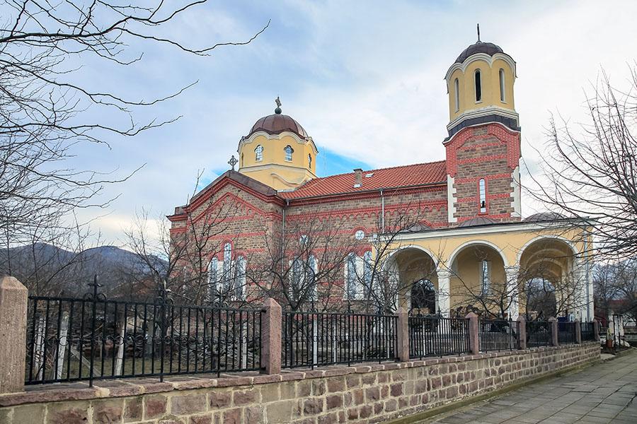 Biserica Sfântul Gheorghe cel Biruitor din Varshets